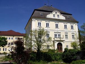 Schloss_Mistelbach